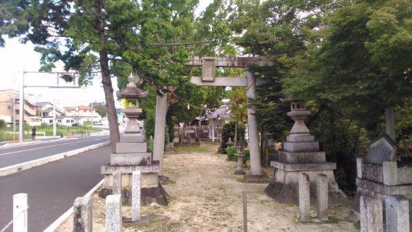 平戸橋胸形神社参道
