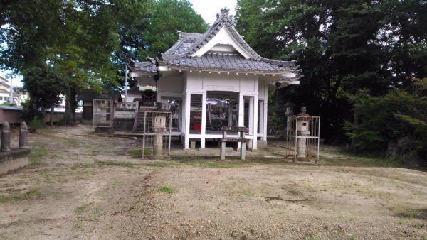 平戸橋胸形神社拝殿