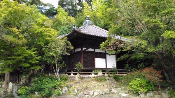 滝山寺観音堂