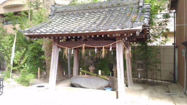 菅生神社手水舎