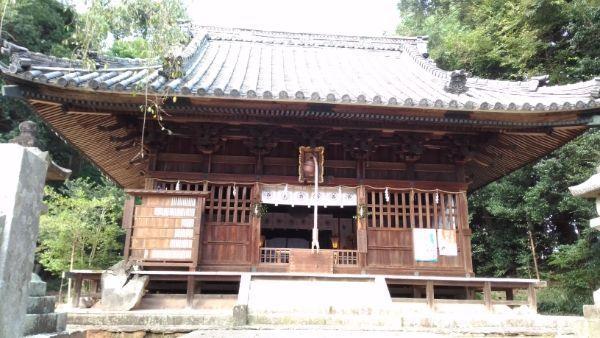 土呂八幡宮拝殿