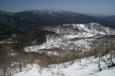H240427野伏ヶ岳5