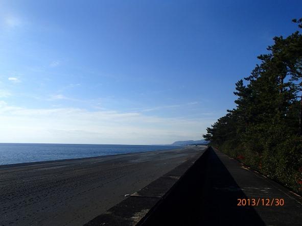 131226-140102kumanokodo11 ひたすら砂浜!海!空!
