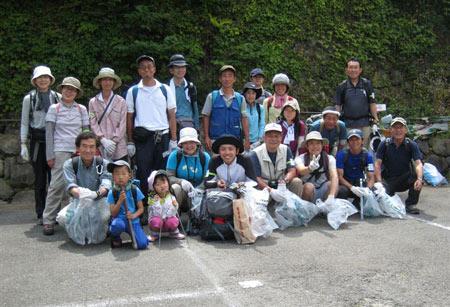 100606清掃登山集合写真-(2)