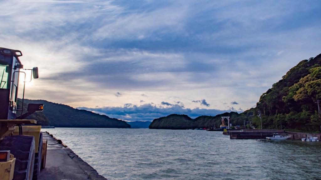 小筑紫湾七日島起点周辺の風景(宿毛市小筑紫)