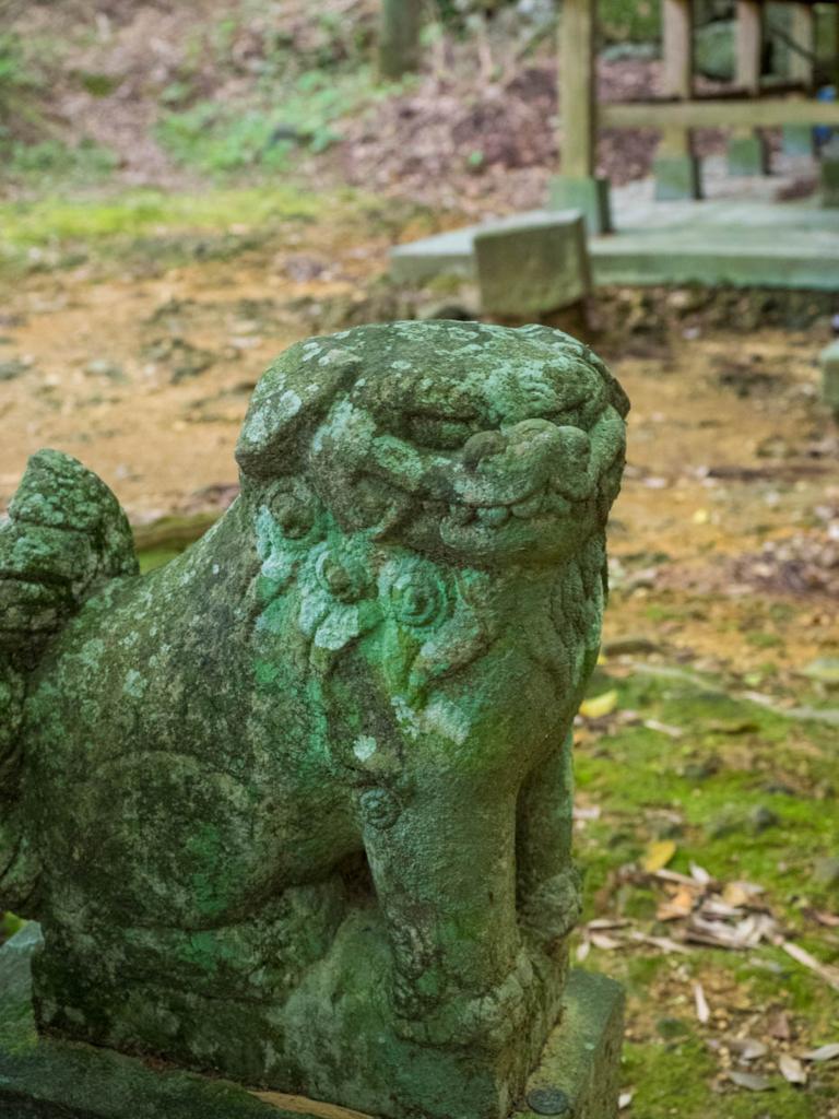金比羅宮の狛犬・吽形(宿毛市)
