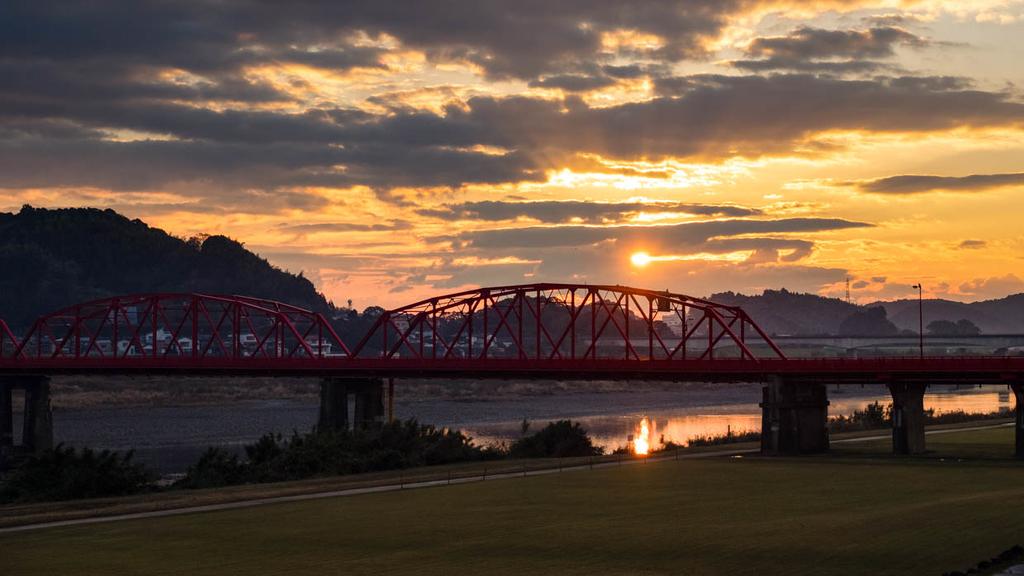 四万十川赤鉄橋の朝