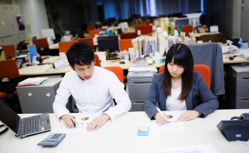 税理士事務所の繁忙期と「残業の実態」について
