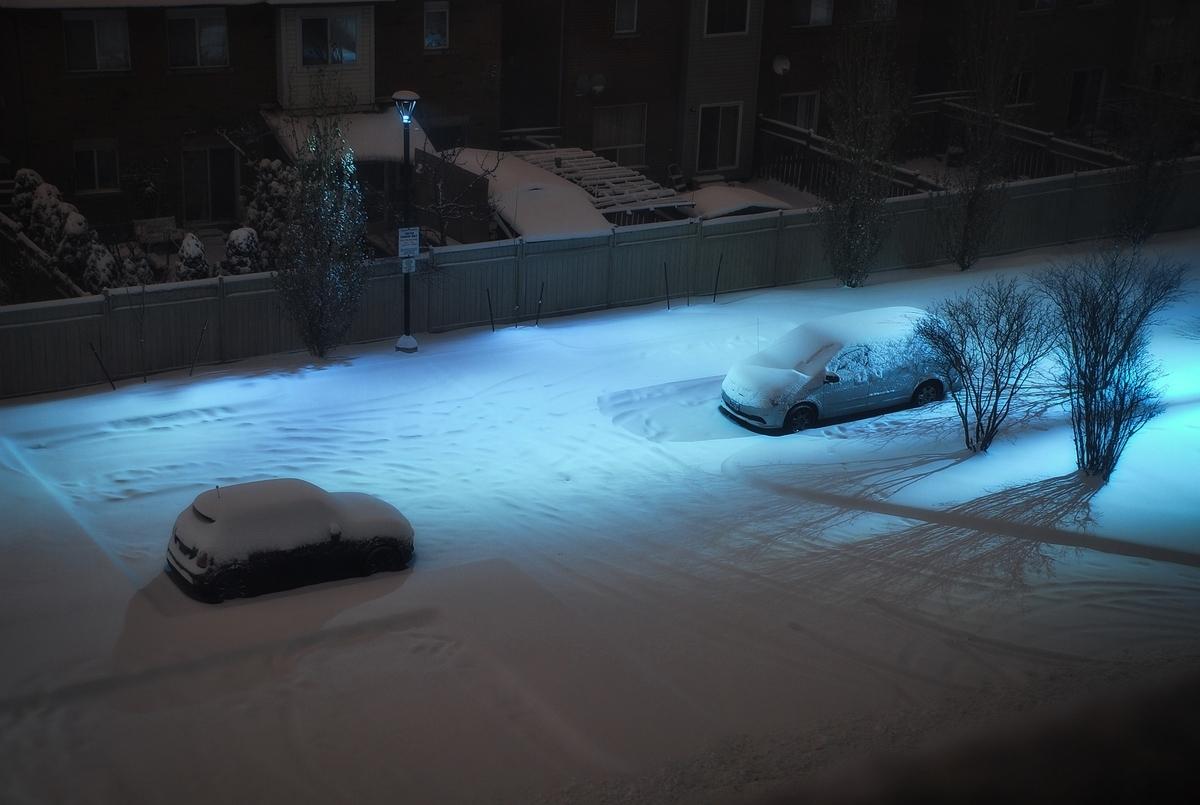 キャンピングカー トイレ 外に出ないで 悪天候 雨雪