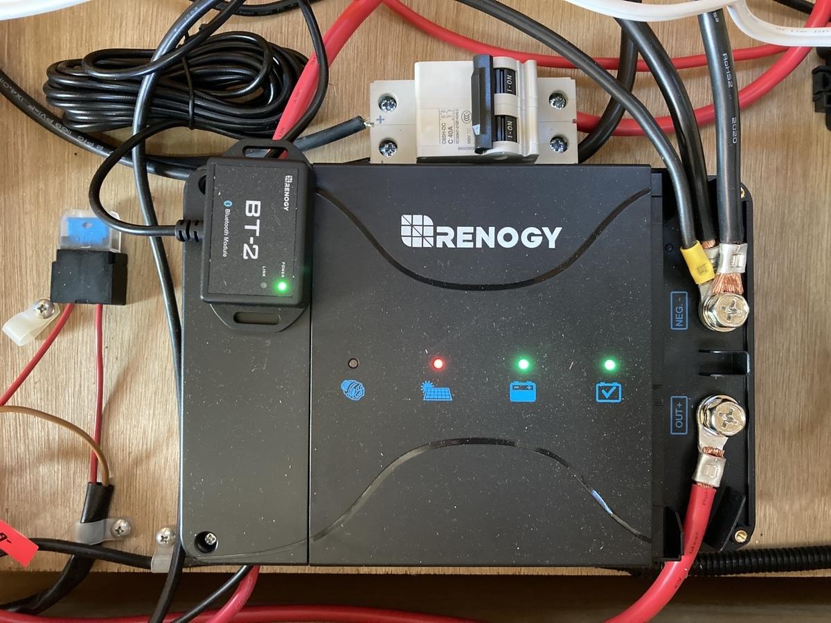 キャンピングカー 設置 DIY RENOGY 走行充電器 DCC50