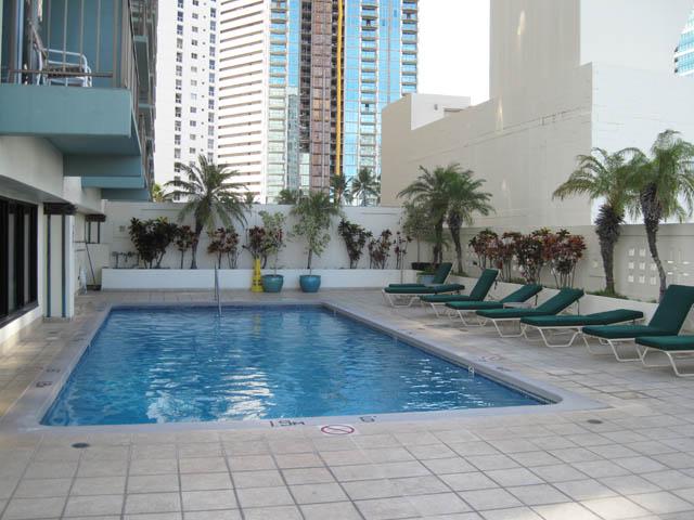 Pool at Doubletree Hotel Alana Waikiki
