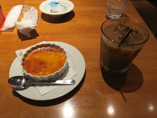 クリームブリュレとアイスコーヒー