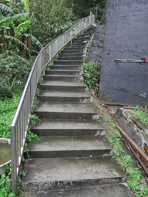 猫村左端部のT字路への石段, #0944