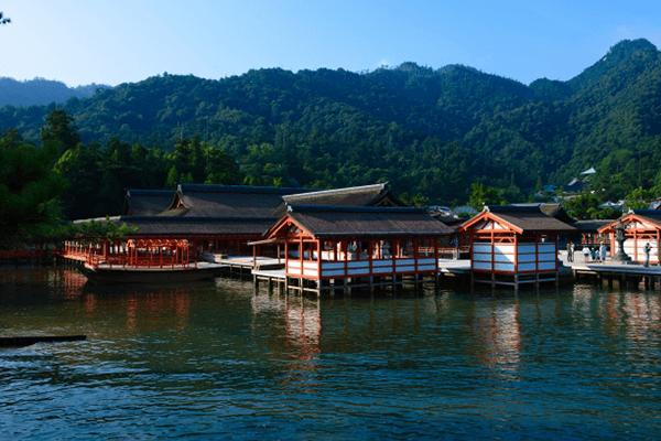 厳島神社 満潮時