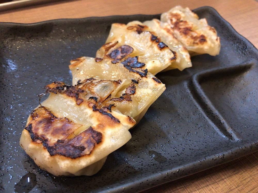 マキザラーメン MAKI THE RAMEN 餃子