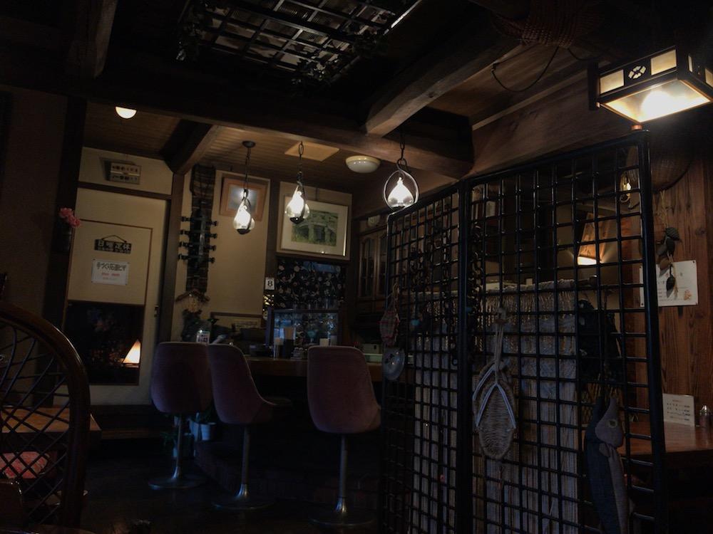 民芸茶屋 シャローム 店内