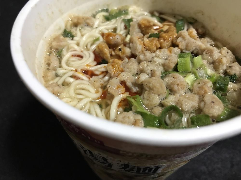 ワールドダイニング 台湾風湯麺 出来上がり