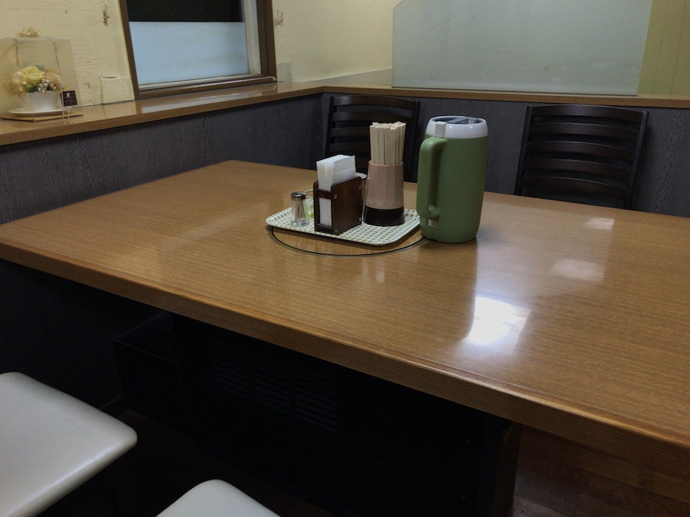 幸陽閣 4人掛けテーブル