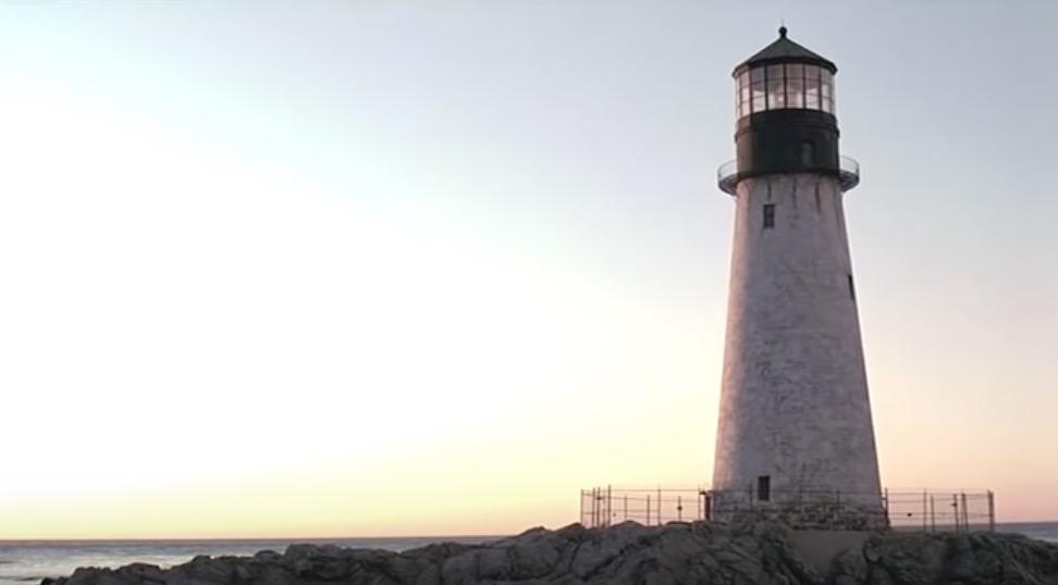 シャッターアイランド 灯台