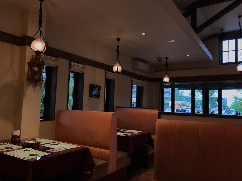 ベーカリーレストラン サーグラ店内