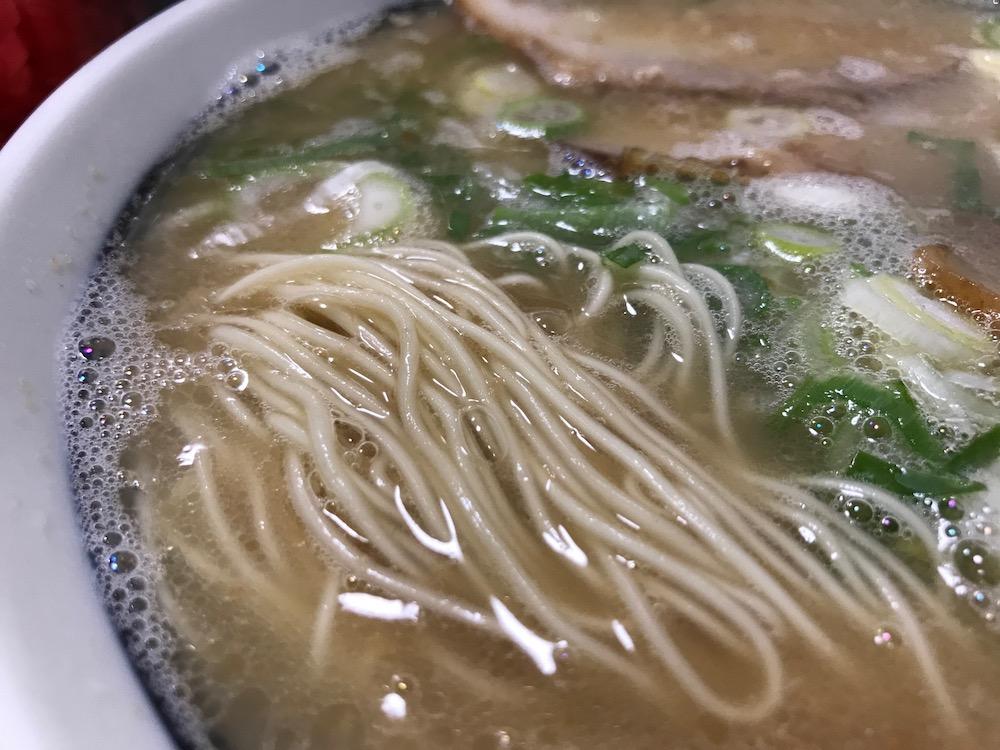 長浜一番栄玉南佐賀店 ラーメン 麺