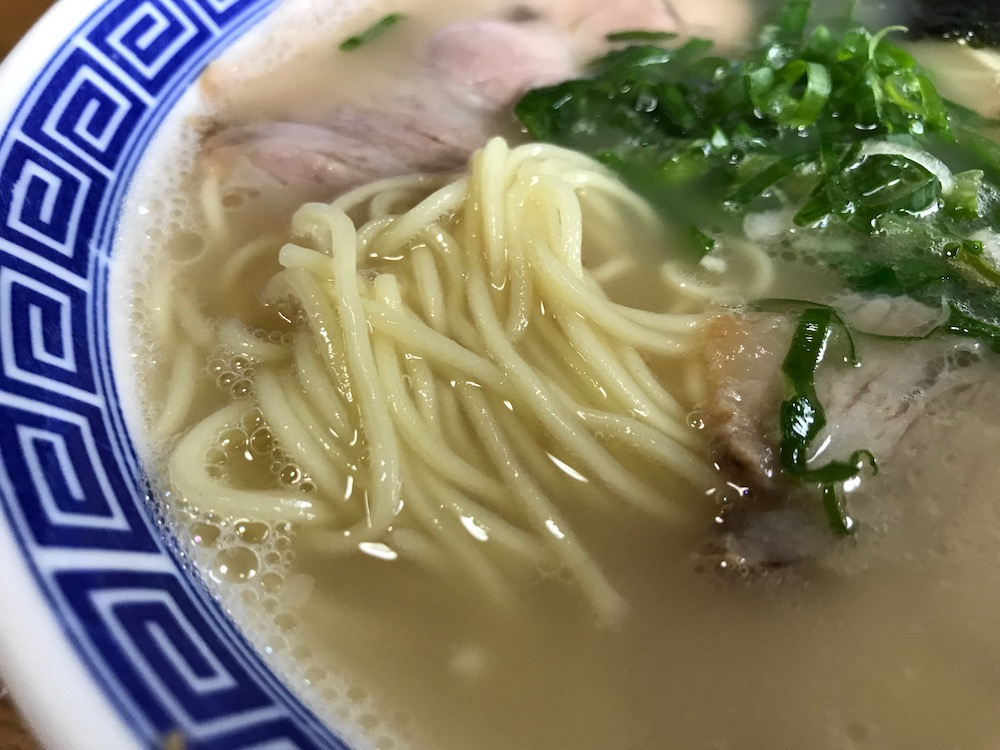 創作麺 無庵 らーめん 麺