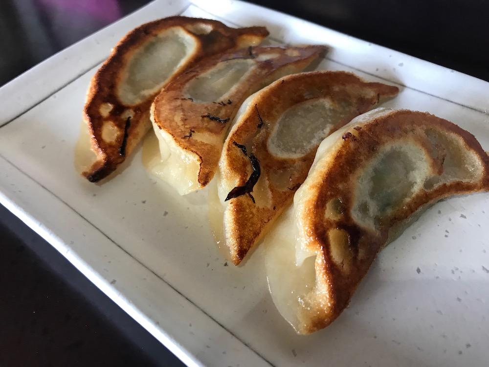 麺屋ぷいぷい 餃子