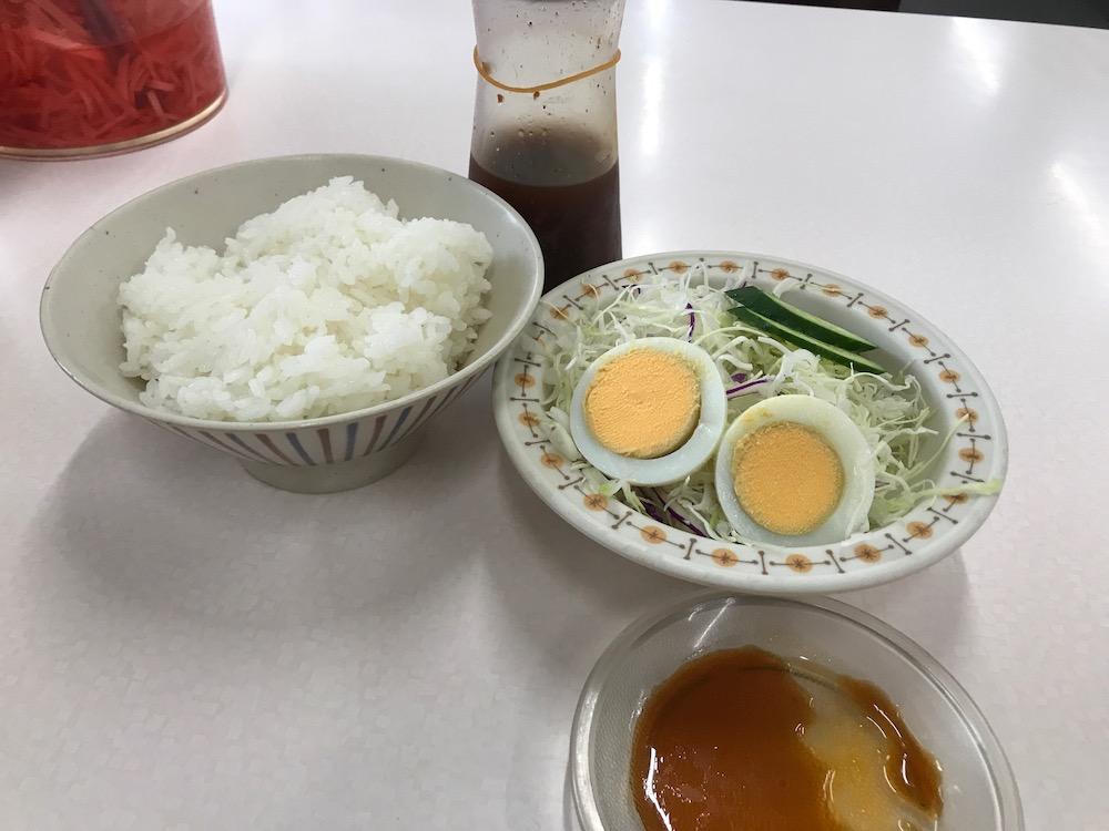 丸幸ラーメンセンター ラーメン定食 ご飯とサラダ