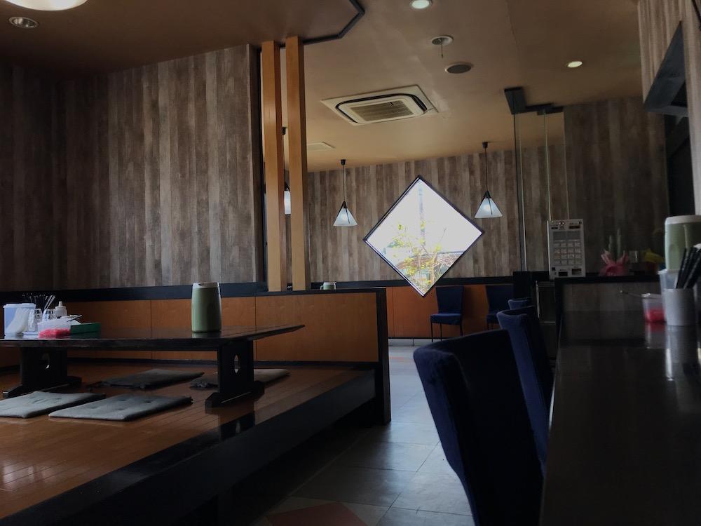 麺屋ぷいぷい 店内