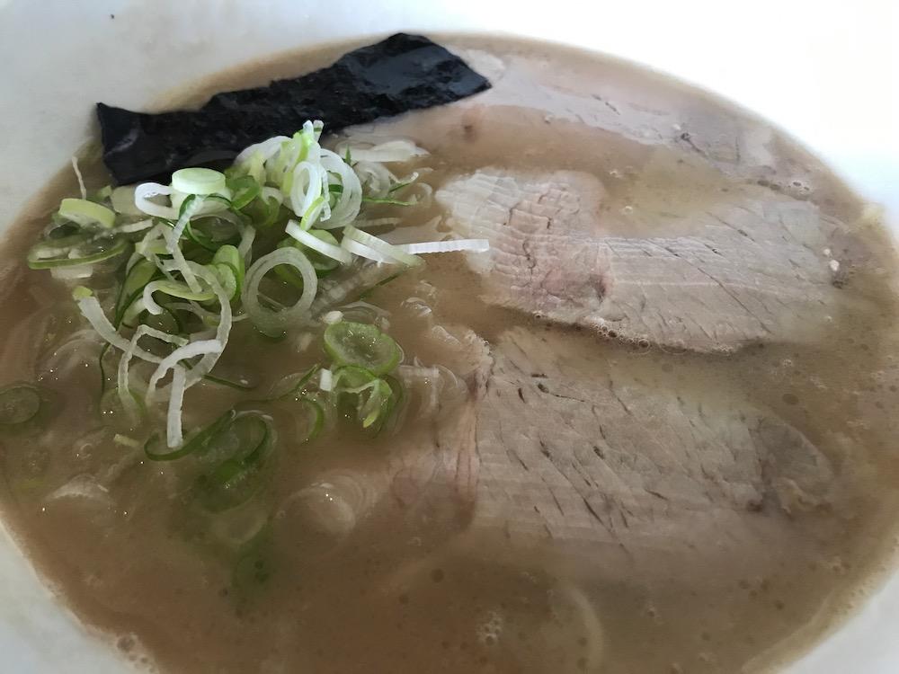 麺屋ぷいぷい ラーメン