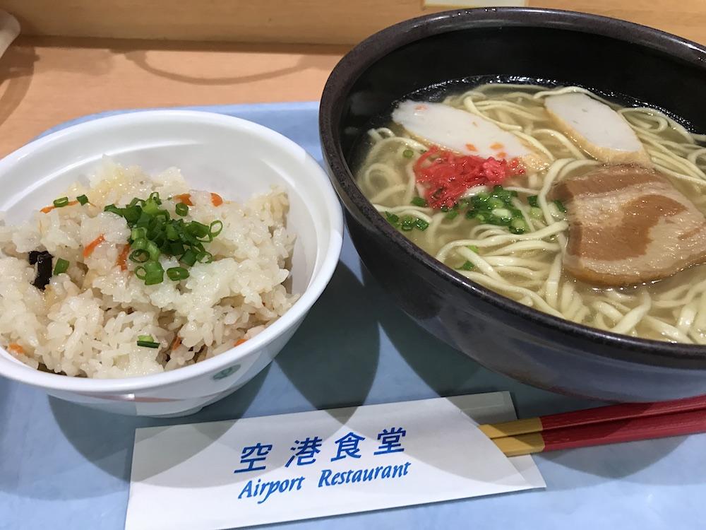 空港食堂 沖縄そばとじゅーしー
