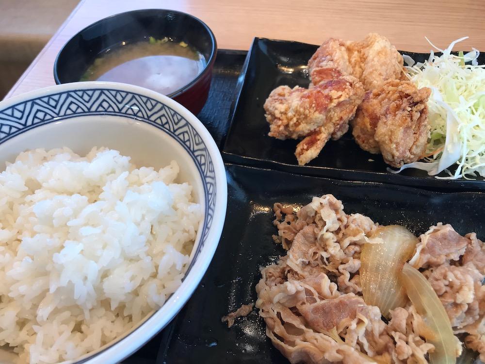 吉野家W定食 牛皿・から揚げ定食 ご飯増量