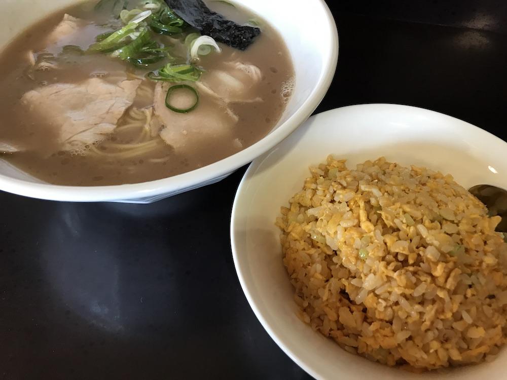 佐賀市 麺屋ぷいぷい 半炊飯セット