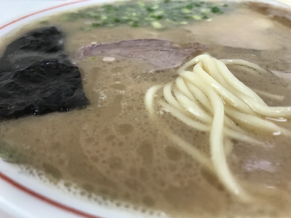 竜里 ラーメン 麺