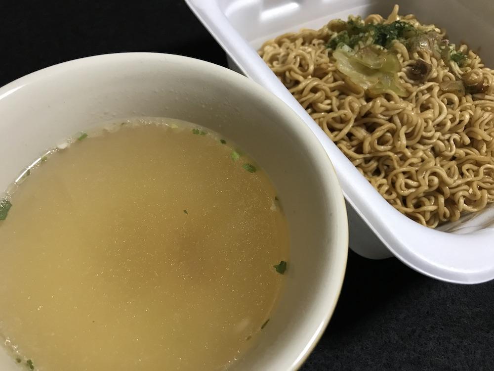 マルちゃん やきそば弁当 スープ