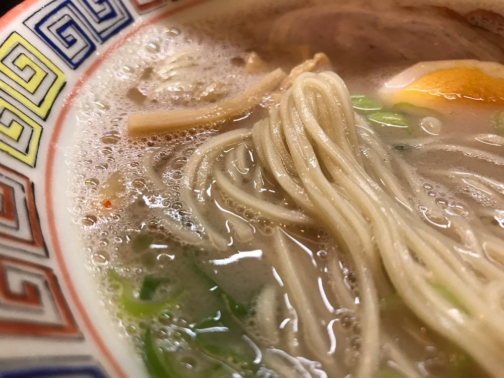 大砲ラーメン吉野ヶ里店 昔ラーメン 麺