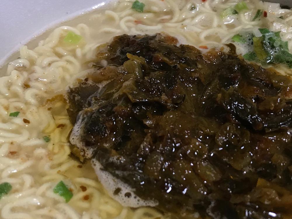 激辛高菜豚骨ラーメン 辛子高菜