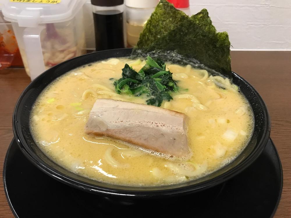 横浜家系ラーメン龍馬家大財店 ラーメン