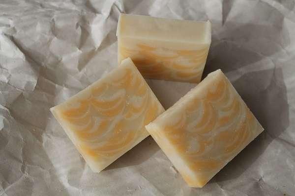201601オレンジのスプーンスワール石けん(Spoon Swirl Soap)