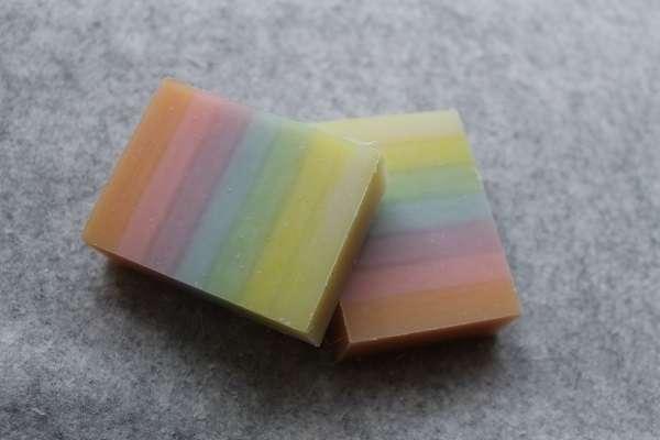 201604虹色石けん(Rainbow Soap , Seven Color Soap)