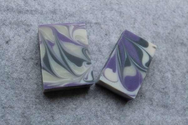201604紫のスピンスワール石けん(Spin Swirl Soap)