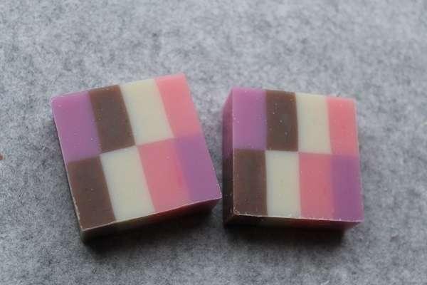 2016058色石けん(Eight Color Soap)