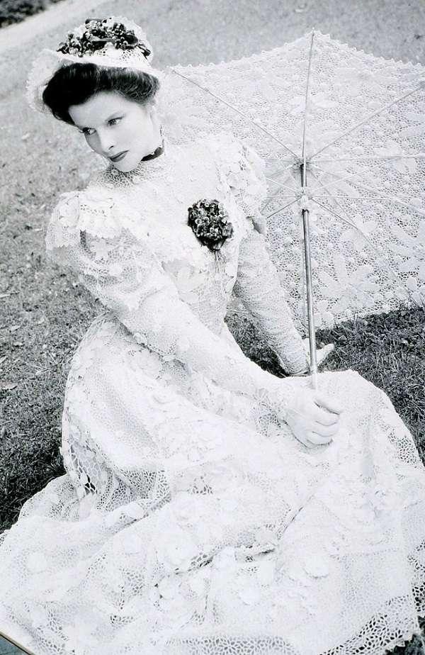 Katharine Houghton Hepburn20:plain