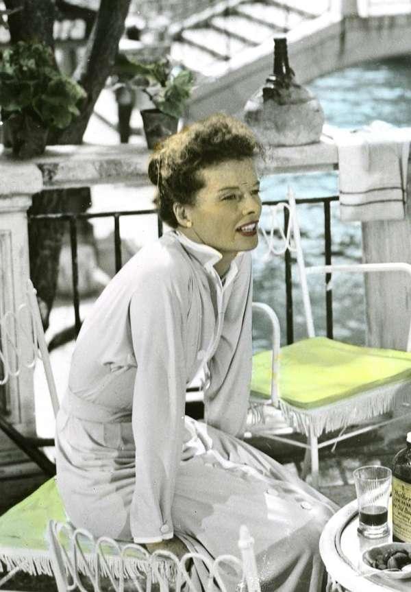 Katharine Houghton Hepburn26:plain