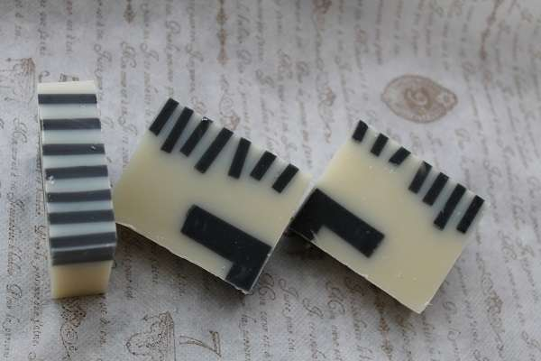 201606ピアノ石けん(Piano Soap)