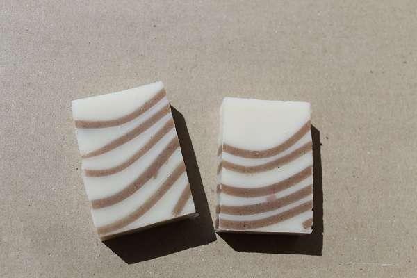 201608シナモンライン石けん(Cinnamon Line Soap)