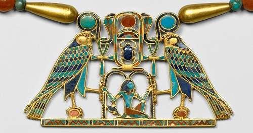 シタトリュネット妃の胸飾りNecklace