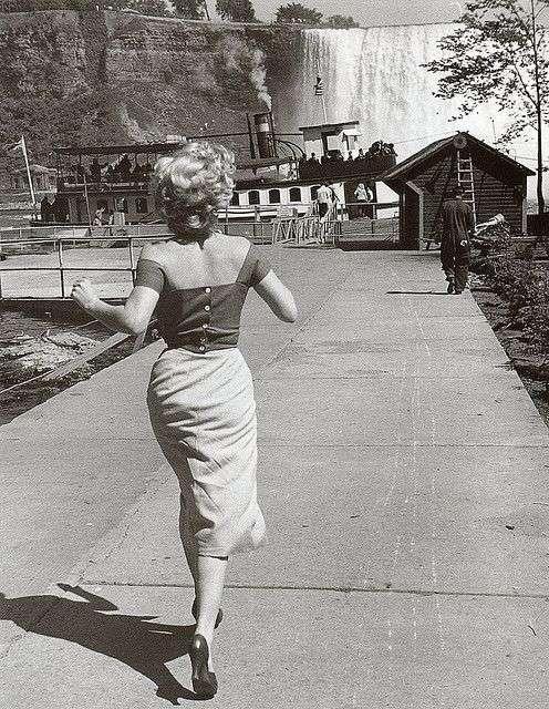 Marilyn Monroe Niagara10:plain