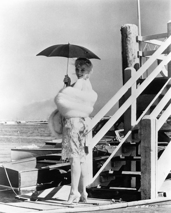 marilyn monroe some like it hot1:plain