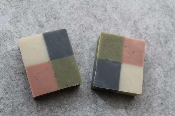 201612304色石けん(4 Color Soap)